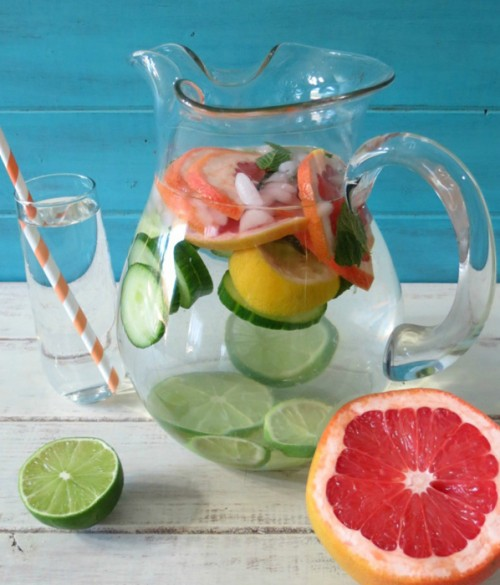 FRUIT DETOX WATER